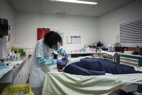 chambre mortuaire la chambre mortuaire de bichat brise un tabou en ouvrant