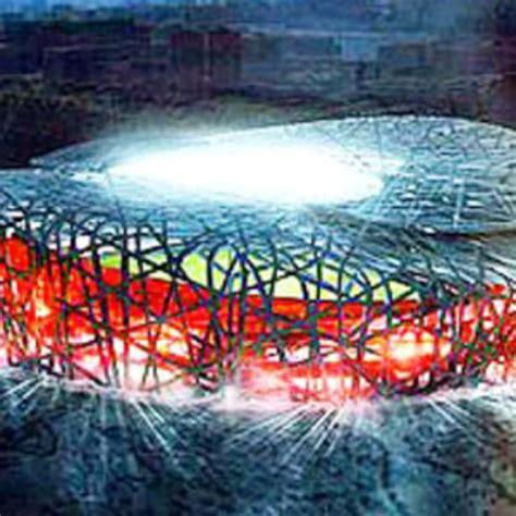 Lo stadio che ospiterà le olimpiadi del 2008 è un'avveniristica architettura intrecciata, costruita su progetto degli svizzeri herzog e de meuron. Stadio olimpico Pechino Herzog e de Meuron 2006 | Floornature