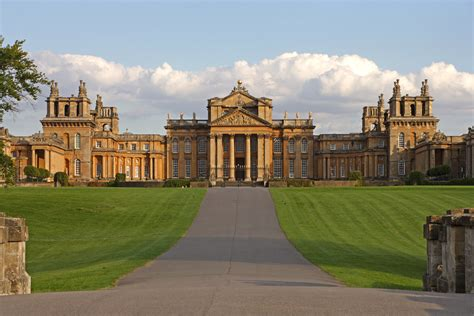 luxury cruise turns s blenheim palace into a runway for