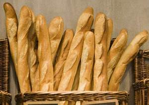 Frankreich Essen Spezialitäten : zut alors mcdonald s is selling baguettes in france ~ Watch28wear.com Haus und Dekorationen