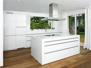Küchen Modern Weiß : classic white ambiance k chen b der ~ Markanthonyermac.com Haus und Dekorationen