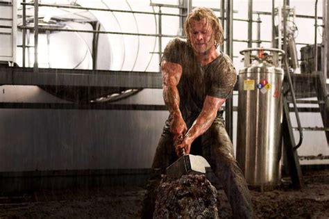 chris hemsworth workout routine become thor bulkingtime