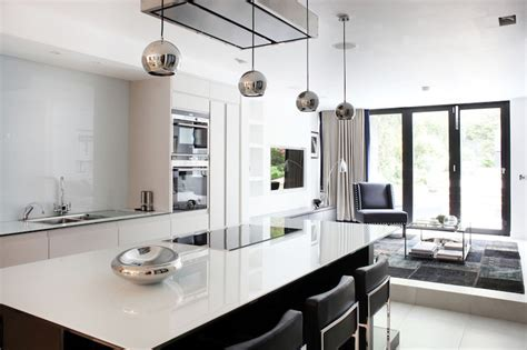 Sleek modern interiors of a victorian terrace house in Fulham