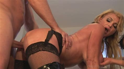 Smokin Hot Milf Threesomes Streaming Video On Demand