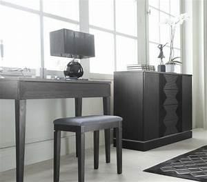 Coiffeuse Moderne Avec Miroir : la table coiffeuse est toujours la mode ~ Teatrodelosmanantiales.com Idées de Décoration