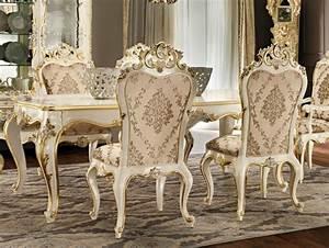 Weiße Stühle Esszimmer : wei e st hle im esszimmer mit golddetails design ~ Eleganceandgraceweddings.com Haus und Dekorationen