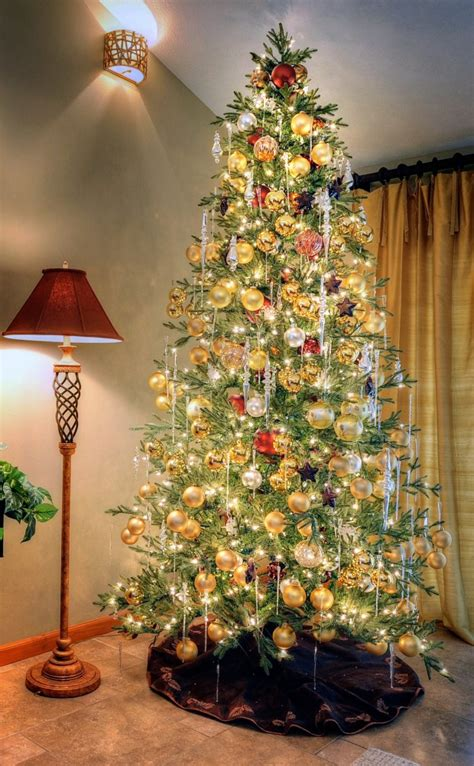 european inspired christmas tree decor is enchanting