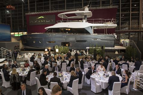 Boat Dealers Prince Albert by Prince Albert Of Monaco Guest Of Azimut Yachts Azimut