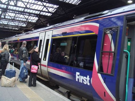 edinburgh waverley station britain visitor