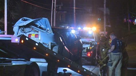 Crash causes power outage in Lexington