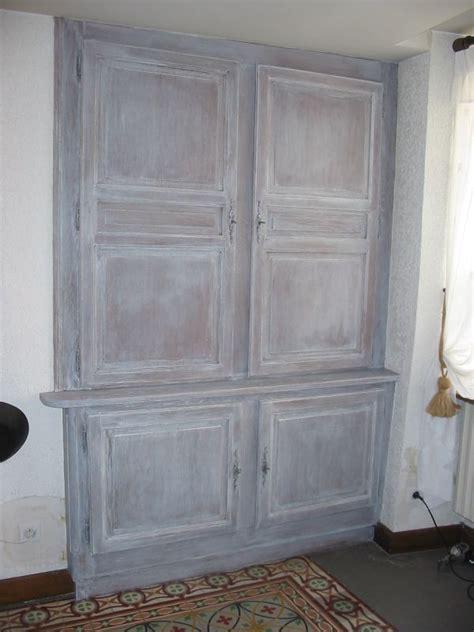 peinture armoire cuisine placard ceruse tendance peinture et patine