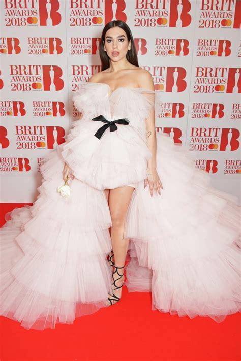 Dua Lipa in Giambattista Valli at the Brit Awards 2018 ...