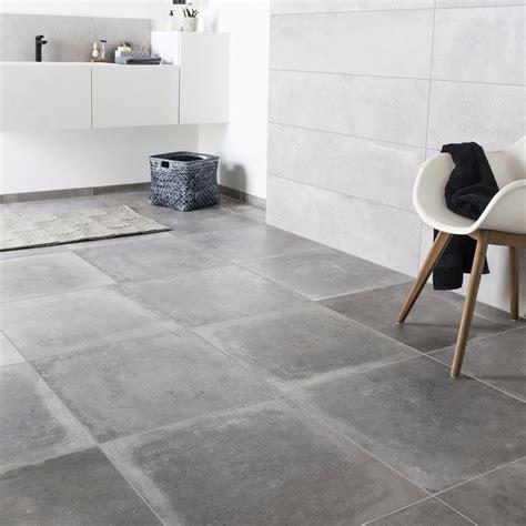 beton sur carrelage cuisine carrelage sol et mur gris cendre effet béton harlem l 60 x