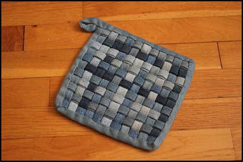 Woven Denim Potholder Tutorial - The Barefoot Kitchen Witch