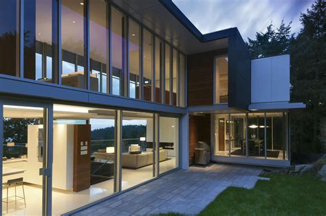Modern House 4249 By Dgbk Architects