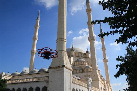 drone creates  model  turkeys largest mosque