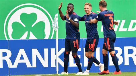Der aktuelle spieltag und die tabelle der 2. 2. Bundesliga   SpVgg Greuther Fürth - Hamburger SV ...