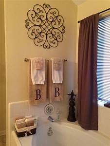 Cool 60 master bathroom towel ideas design decoration of for Decorating towels in bathroom