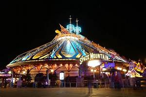 """6 of Disney's WORST Attempts to """"Plus"""" A Ride (That Really ..."""