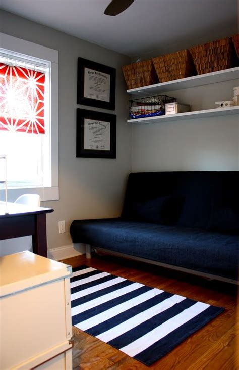 futon bedroom ideas 17 best ideas about office guest bedrooms on