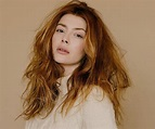 Elena Satine Biography – Facts, Childhood, Family Life ...