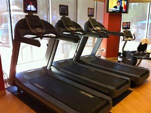 courir a naples en floride dans une salle de sport With tapis salle de sport