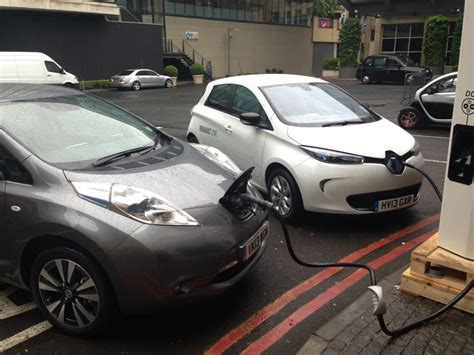 leaf real world range renault electric program director next generation renault zoe with real world range of 186