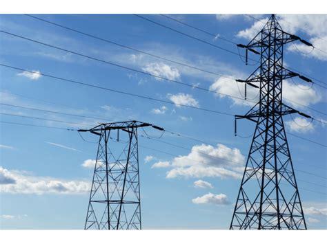 power restored  hundreds  blown transformer  los