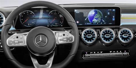 2018 Mercedes-Benz A-Class interior revealed - Photos (1 ...