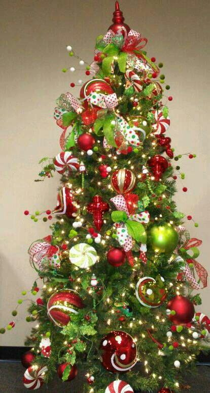 lime green  red tree    colors im