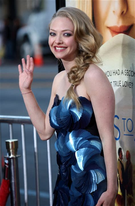 actress long 3 letters more pics of amanda seyfried long braided hairstyle 8 of