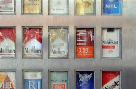 wie funktioniert ein zigarettenautomat 14 j 228 hriger schwer verletzt jugendliche sprengen zigarettenautomat auf polizeibericht
