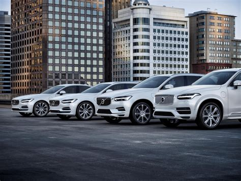 volvo announces    cars   electric