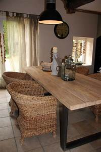 table bois et metal pour salle a manger style campagne With deco cuisine avec table salle a manger chene