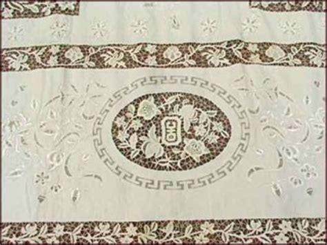 huge  tea cloth bourdon stitch  needle lace