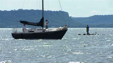 Boat Rental Age Minnesota by Best Bodies Of Water To Visit In Minnesota 171 Wcco Cbs