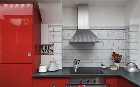 catelles cuisine londres des toilettes publiques transformées en appartement
