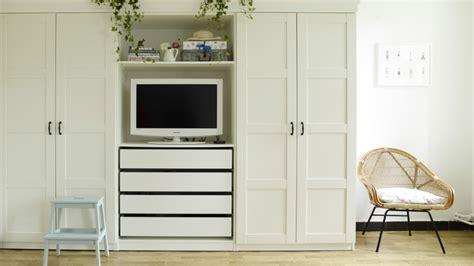 meuble tv pour chambre a coucher armoire rangement chambre armoire rangement chambre