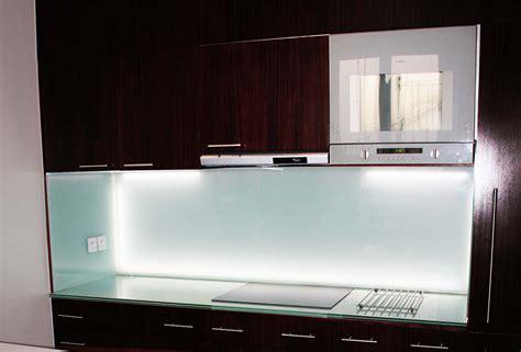 verre de cuisine crédence en verre personnalisée pour cuisine righetti