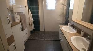 Meuble Salle De Bain Bois Et Blanc : une salle de bain familiale tendance scandinave atlantic bain ~ Teatrodelosmanantiales.com Idées de Décoration