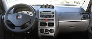 2013 Fiat Strada  W  Poll
