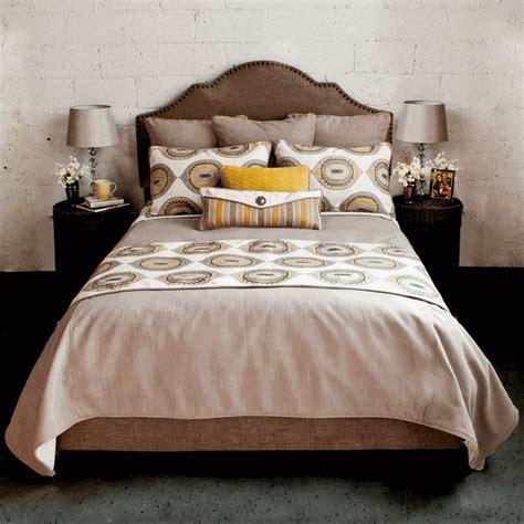 Mumbai Luxury Bed Set Twin
