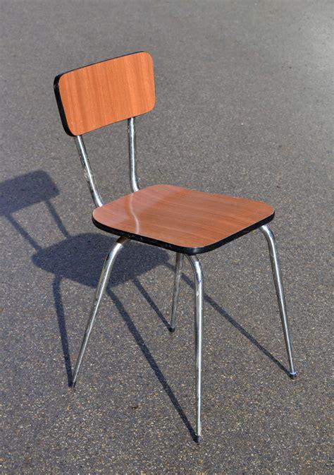 chaise en formica mobilier vintage en formica le style populaire des ées 1960
