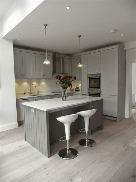grey kitchen cabinet ideas best 25 light grey kitchens ideas on grey 4068