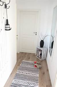 Teppich House Doctor : teppich mit textilfarbe bemalen design dots ~ Frokenaadalensverden.com Haus und Dekorationen