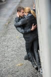 Divergent Tris and Four