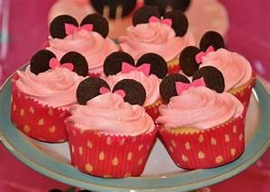 Baking Outside the Box: Super-Easy Birthday Cake Ideas