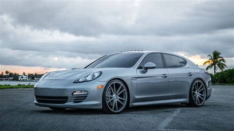Porsche Wallpapers by Porsche Panamera Wallpapers Pictures Images