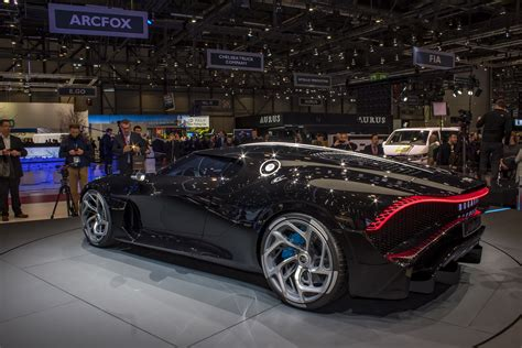 Cristiano ronaldo's car collection is already valued at approximately $16 million, but the football superstar. Cristiano Ronaldo New Car 2019 Price