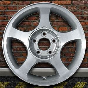 """16"""" Silver Wheel for 2000-2004 Ford Mustang by REVOLVE 